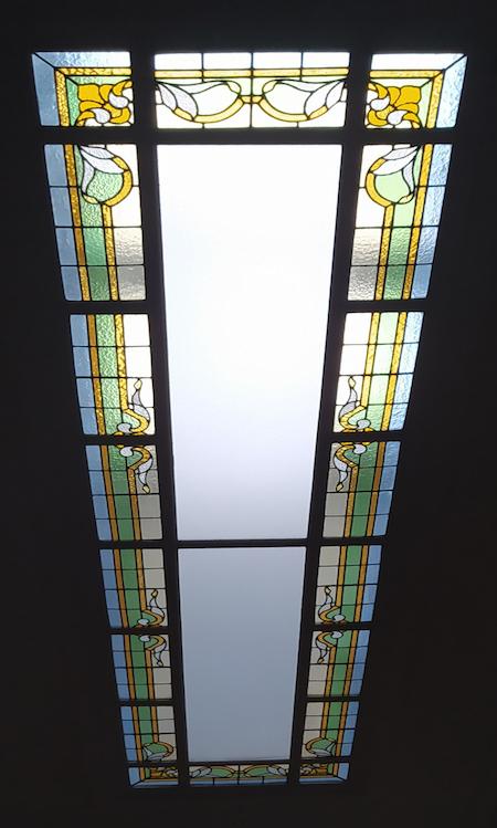 Puits de lumière en vitrail à Lille