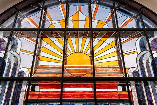 Création et restauration de vitraux à Lille